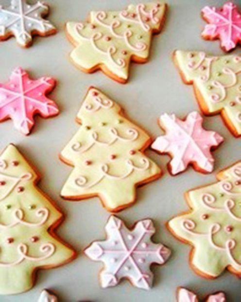 DIY christmas tree cookies, pastel christmas food