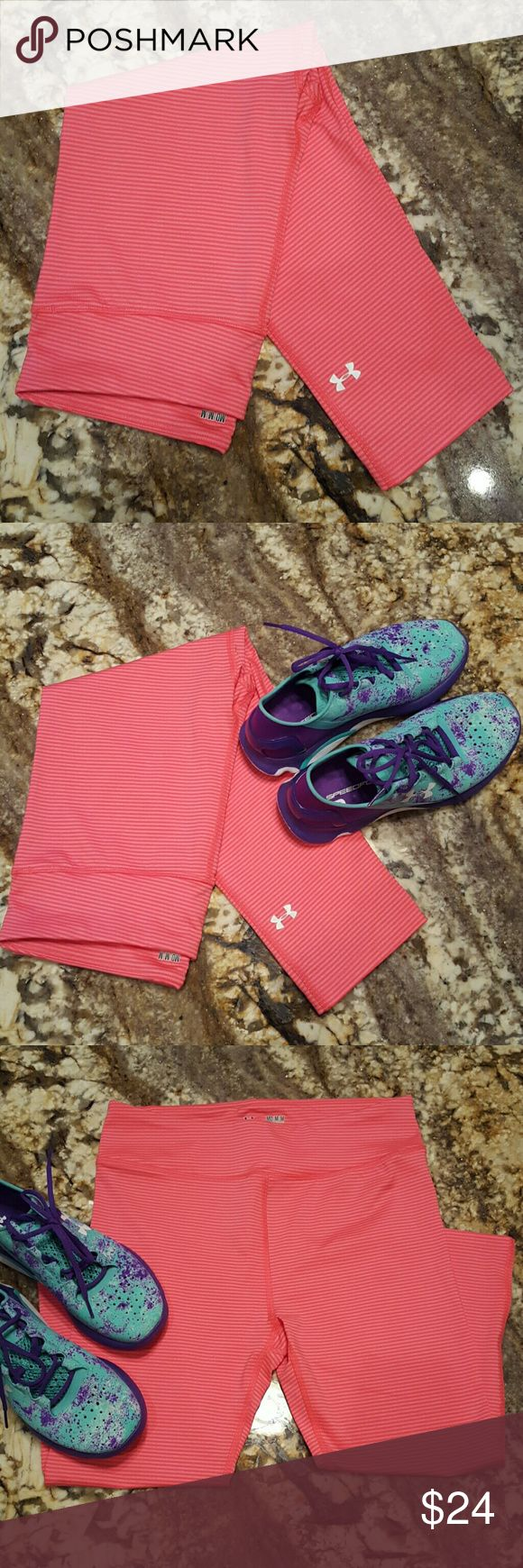 Under Armour Capri leggings These are a coral and hot pink Under Armour ladies Compression Heat Gear in size medium. No tears or stains. Worn maybe twice. Needs to go. Make me an offer Under Armour Pants Leggings