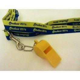 "Nyckelband med text ""Student 2014"", gul visselpipa"