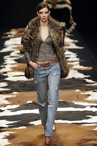 burberry outlet sale online Julien Macdonald Autumn Winter 2005 6 Ready To Wear