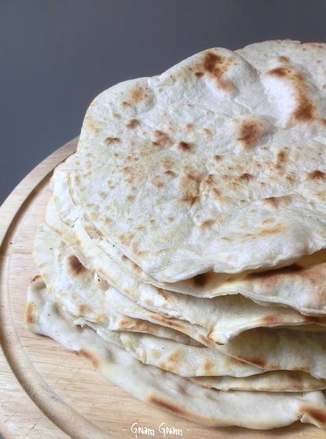 Piadina romagnola fatta in casa | Ricetta tradizionale