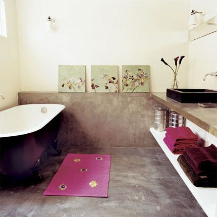 concrete floring in bathroom, isnt this cool?