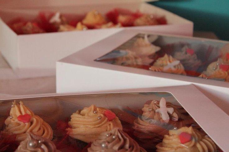 Cupcake wedding by Demel's cake