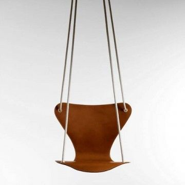 Série 7 balançoire de Arne Jacorsen pour Louis Vuitton