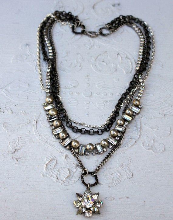 Vintage Rhinestones and Pearls~Pearls Necklaces, Jewelry Necklaces, Style Vintage, Vintage Rhinestones, Vintage Ideas, Bracelets Necklaces, Jewelry Ideas, Jewelry Vintage, Vintage Style