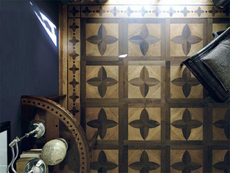 Klasické italské parkety z exotického dřeva Parquet In z kolekce Old Chic, kompletní katalog si můžete prohlédnout zde: http://www.saloncardinal.com/doors/parquet-in
