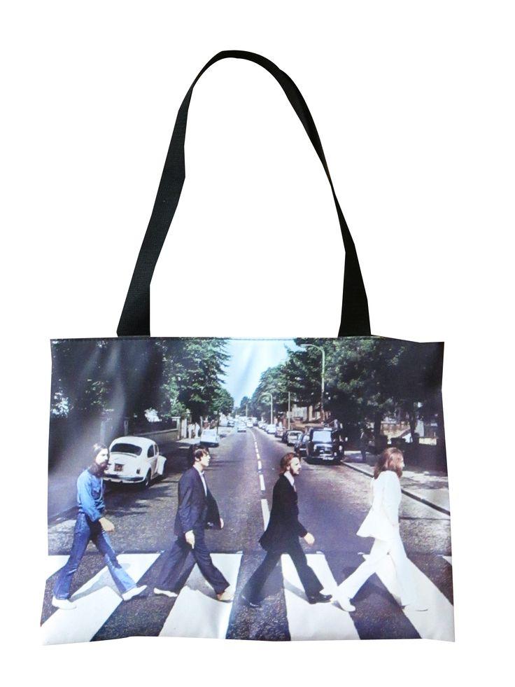 Cartera Beatles Dimensiones: 38x28cm