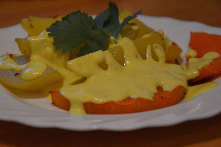 Roasted pumpkin, potatoes and creamy coconut sauce with oranges and nutmeg!