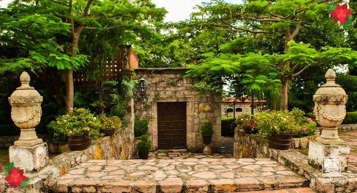 Con una ubicación envidiable en la ciudad, Villa Montaña te brinda el descanso que necesitas y la belleza que buscas.   Reserva: (443) 3140018 / 3149696 o 01 800 963 3100  #HotelVillaMontaña Morelia