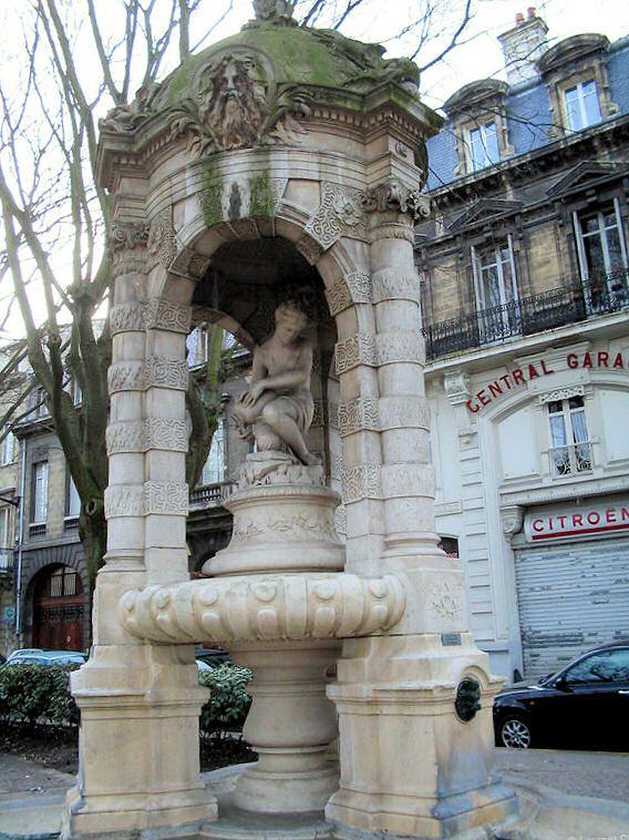 La Fontaine Fondaudège à Bordeaux France.