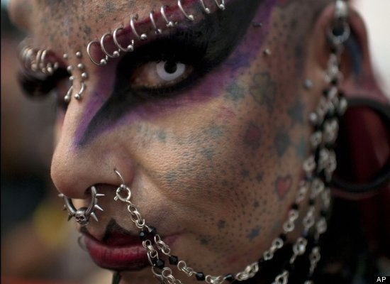 CREEEPY   Meet Mexico's 'Vampire Woman' Via HuffPost World http://huff.to/zLAqNE