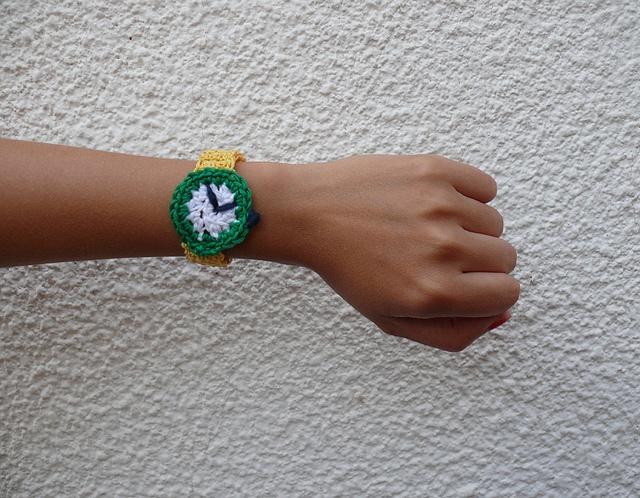 Reloj Crochet por Bosque Studio