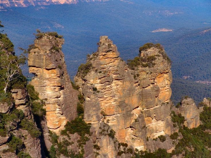 Three Sisters at Katoomba, Blue Mountains, NSW
