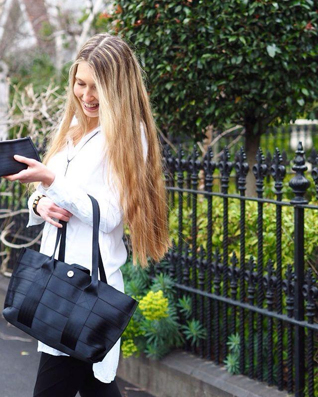 O U T F I T :: organic bamboo shirt dress + up-cycled seatbelt bag.