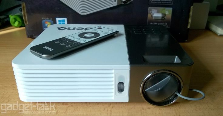Review-ul videoproiectorului BenQ GP30