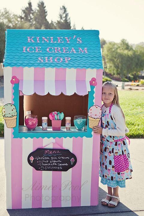 Ice Cream Shop from cardbord box- SO CUTE! Seriously, I LOVE this!