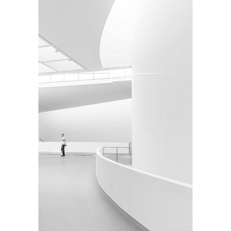 "Jan Prengel  Serie ""Pinakothek""  Fb: Jan Prengel  Insta: @janprengel  Web: www.janprengel.com __________________________ #laziphotodesign #photooftheday #professional #photography #design #school #academy #work #instagood #nofilter #lighting #experiment #aesthetic #emotions #architecture #building #angles #structure #forms #archilovers #architectureporn #architecturephotography #lines #composition #thespacesilike #arcblue #fineart  #ig_architecture #pinakothek #münchen…"