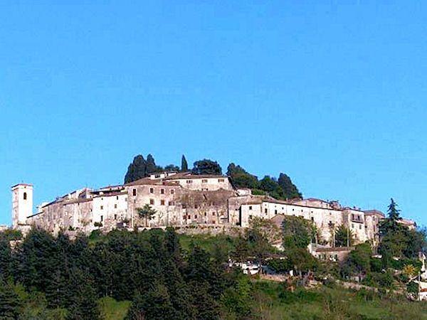 I fantasmi del Castello di Fumone (FR) - Ignoto e Misteri - Mistero Paranormale Scienza Ufologia