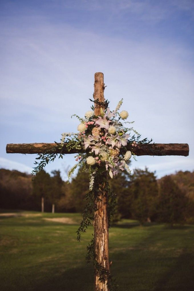 Sweet Vintage Farm Wedding at Historic Cedarwood   Cedarwood Weddings. Beautiful cross alter #cedarwoodweddings