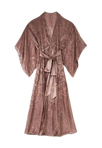 Wear the stunning Sophia kimono to relax in style http://petitsbisous.com/content_category/2112/new_in_