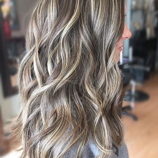 Beige Blonde and Bronde. Color by @hairbydanaa  #hair #hairenvy #hairstyles #haircolor #bronde #balayage #highlights #newandnow #inspiration #maneinterest