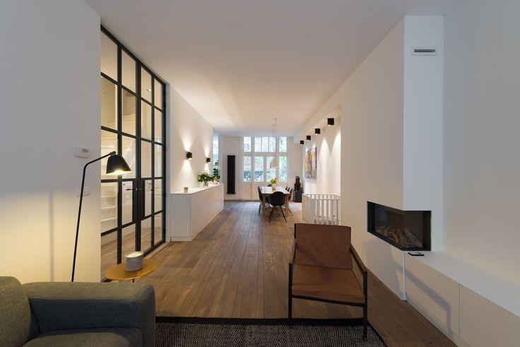 Meer dan 1000 idee n over hal ontwerp op pinterest foyers twee verdiepingen foyer en portiek - Hoe een rechthoekige woonkamer te voorzien ...