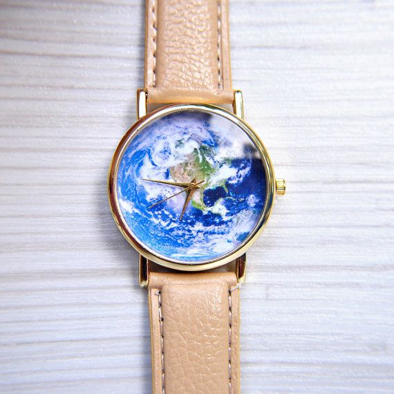 World Map Watch  Travel watch  Earth watch  Unique by AyoBijou