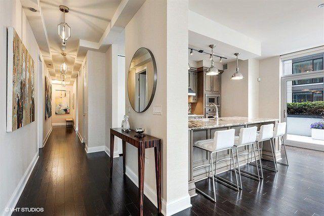 Realtor Pic 2 W Delaware Pl Unit 701 Chicago Il 60610 Row Home Home Home Decor