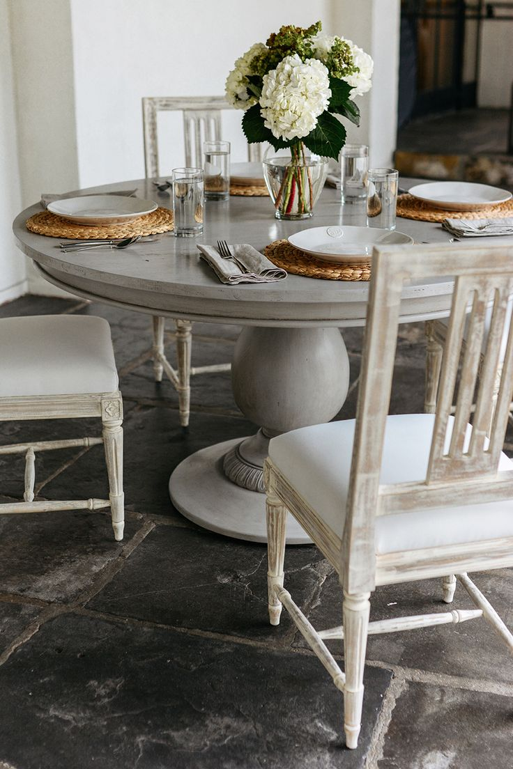 Pedestal table painted with Chalk Paint® by Annie Sloan in Paris Grey and Clear and Dark Chalk Paint® Wax | Unfolded