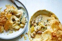 Chicken and mushroom pie recipe - goodtoknow