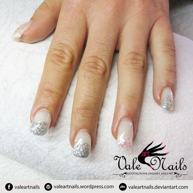 #valeartnails #rovigo #nails #nail #fashion #style #white #trend #cute #beauty #beautiful #instagood #pretty #girl #girls #stylish #sparkles #styles #gliter #nailart #art #photooftheday #nailpolish #nailswag