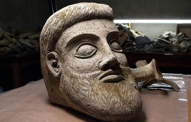 Rusya'da Bulunan Antik Yunan Heykeli
