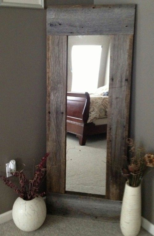 In the bedroom, bathroom or even the hallway, this great rustic full length mirror is sure to be a hit. You just need old barn wood or other pieces of wood.
