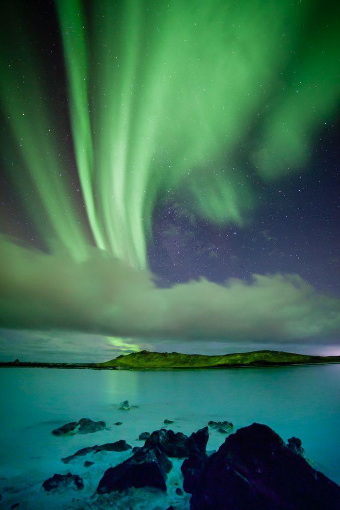 ~~Blue Lagoon | aurora borealis, Iceland | by Gunnlaugur  Valsson~~