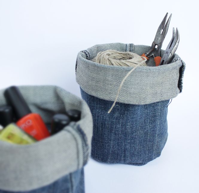Upcycle old jeans into denim buckets that are perfect for for Jeans upcycling ideas