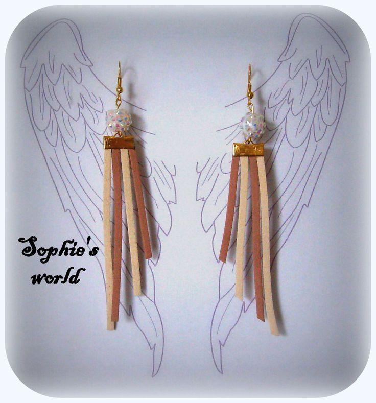 #wings #earrings crystal ball #suede #handmade  μακριά σκουλαρίκια με σουέτ κορδόνια κ άσπρη χάντρα με στρας https://www.facebook.com/SophiesworldHandmade/