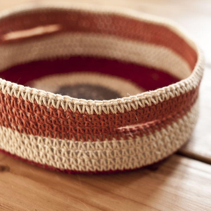 cestino di corda e crochet crocheted storage