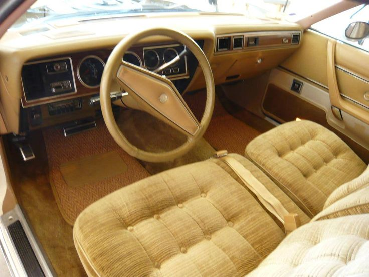 1979 Chrysler Cordoba Crown Coupe | car interiors ...