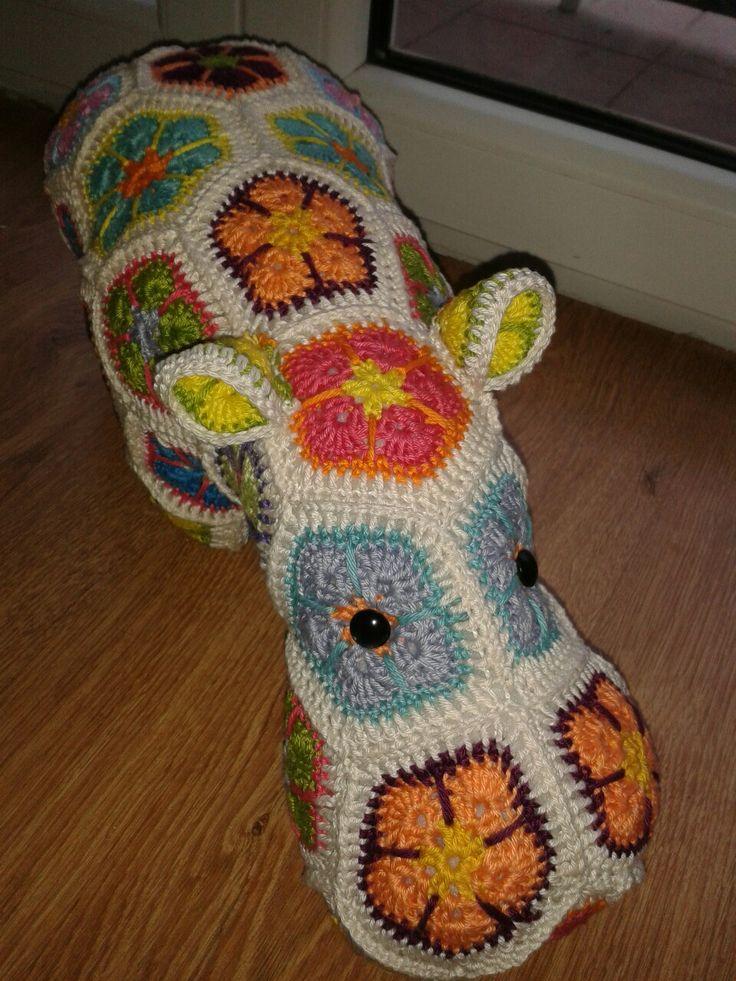 crochet hippo african flower horgolt viziló