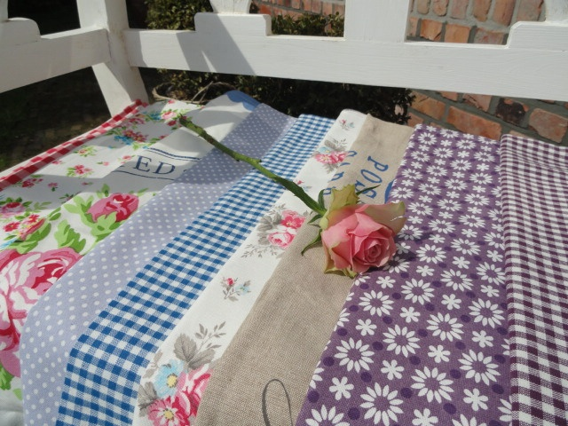 """Beautiful tea towels in the rural style of the atmospheric brand """"greengate"""". 50x70cm and size 100% cotton....."""