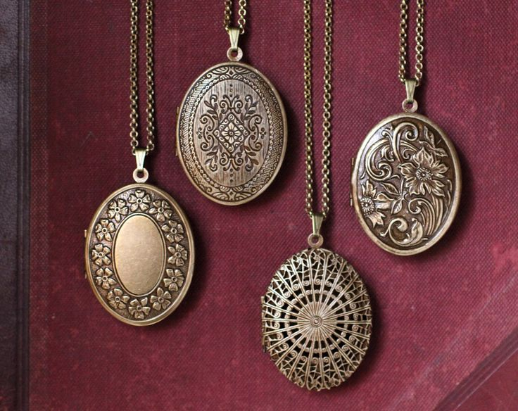 Floral Wreath Natural Perfume Locket with Antique finish, Romantic engraved pendant, Boho Victorian Locket, Antique Brass Long Necklace by IlluminatedPerfume on Etsy https://www.etsy.com/listing/47080264/floral-wreath-natural-perfume-locket