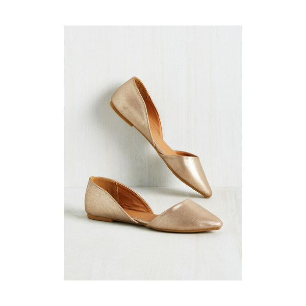 Minimal Essential Edge Flat (46 AUD) ❤ liked on Polyvore featuring shoes, flats, ballet flat, flat, gold, d'orsay flats, pointed-toe flats, ballet flats, sports shoes and champagne ballet flats