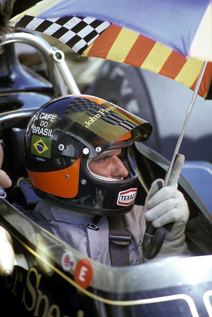 Emerson Fittipaldi, JPS Lotus-Ford 72E, 1973 British Grand Prix, Silverstone