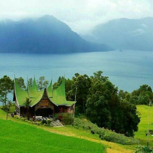 Minangkabau Lake Maninjau | Indonesia