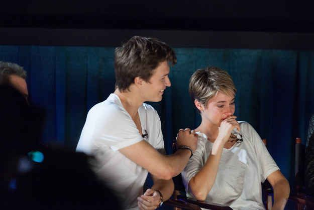 "Shailene Woodley Cries While Watching The Premiere Of ""The Fault In Our Stars"""