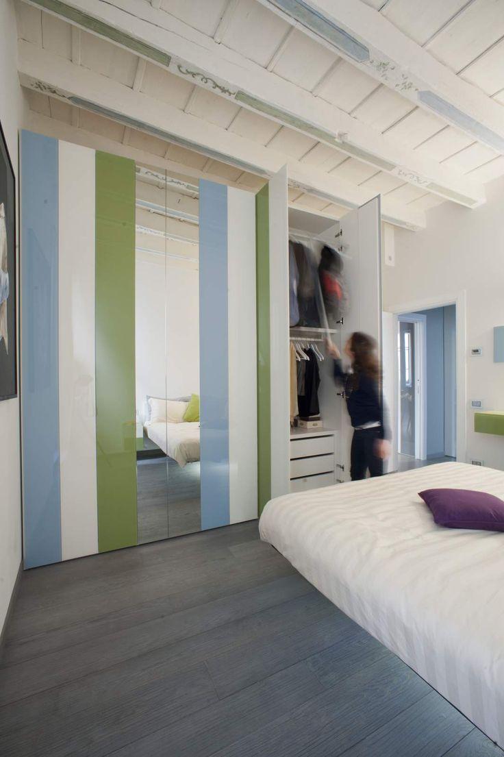 Appartamento Lago Bergamo http://www.appartamentolago.com/gli-appartamenti/bergamo/ #lago #design #bedroom #wardrobe #now