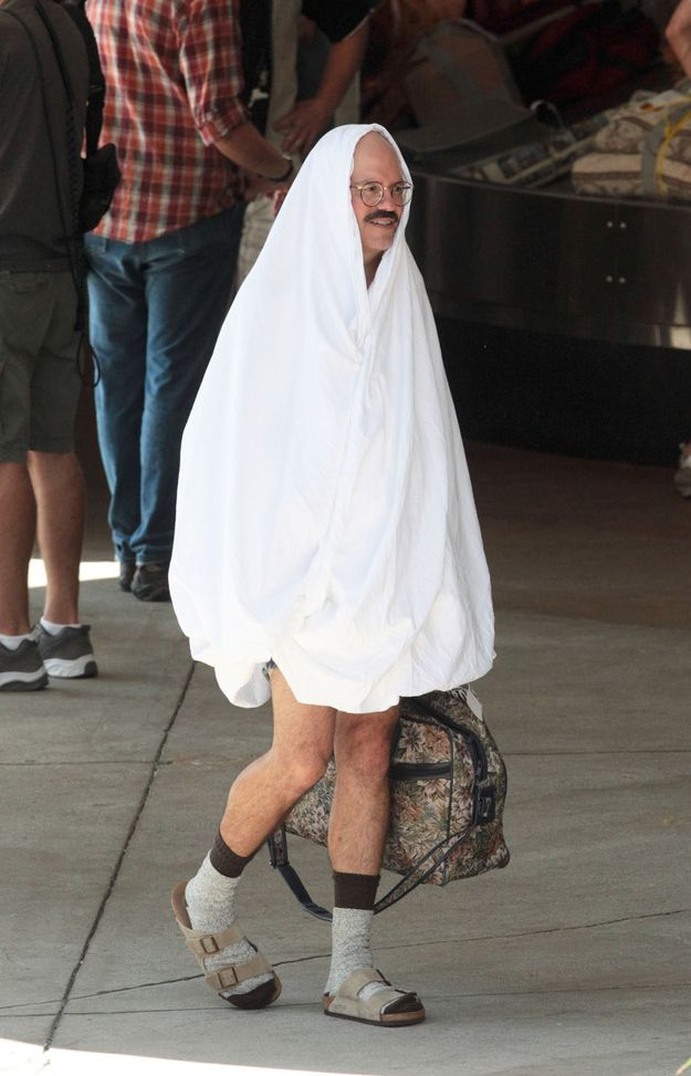 """First Pictures From The New Set Of """"Arrested Development""""    I don't need context to find this photo of David Cross funny."""