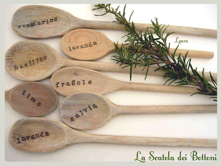 Cucchiai segna piante Cucchiai di legno e pirografo
