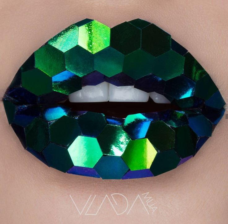 These lips look like faceted jewels or sequins.