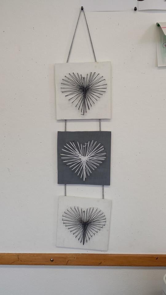 les 16 meilleures images du tableau tableaux fils tendus sur pinterest art filaire fil tendu. Black Bedroom Furniture Sets. Home Design Ideas